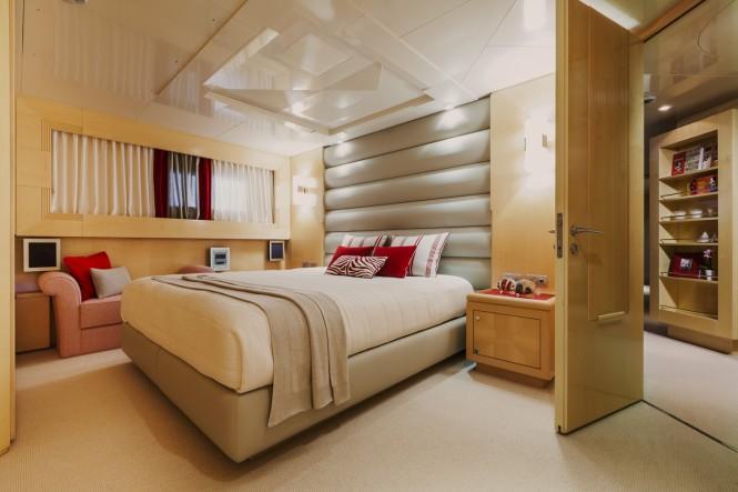 Luxury motor yacht Amore Mio 2 - Cabin