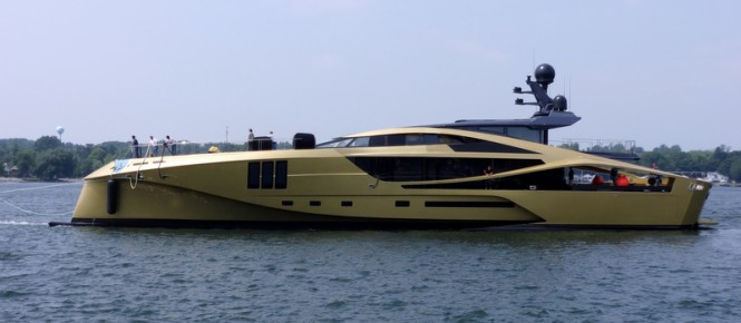 Luxury motor yacht PJ 265 by Palmer Johnson - side view