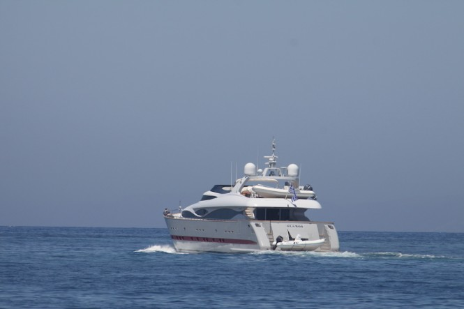 Motor Yacht GLAROS - Photo taken by Robert van der Most
