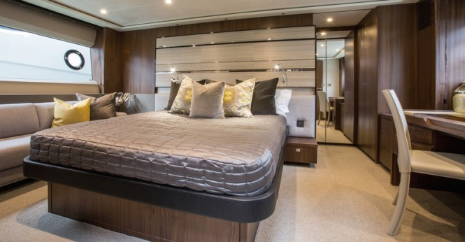 Motor yacht S72 - Owners Stateroom