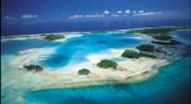 Plage de sable rose à Rangiroa - Photo by Philipe Bacchet - Courtesy of Tahiti Tourisme