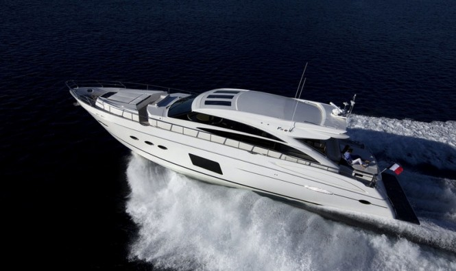 Princess V72 Yacht