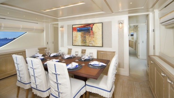 Sanlorenzo SD92 yacht  ONE MY WAY -dining