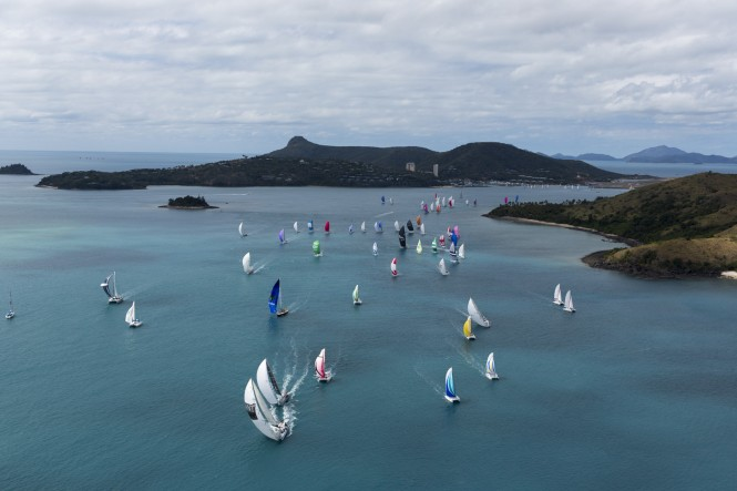 Aerial view of race start - Photo credit Andrea Francolini