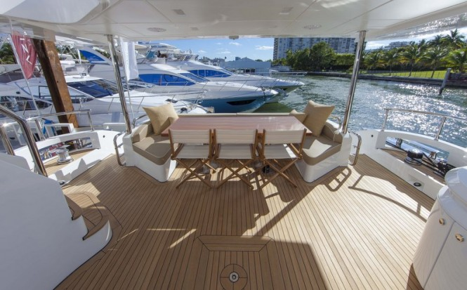 Azimut 84 US Version Yacht - Exterior