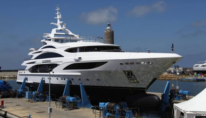 Luxury motor yacht Illusion I at launch