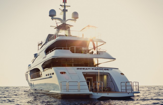Ocean Paradise yacht - aft view - Image by Jeff Brown