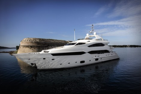 Sunseeker Malta has announced the sale of a new Sunseeker 40 Metre Yacht