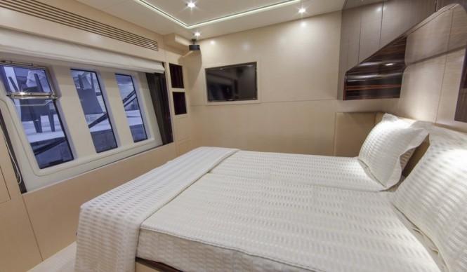 Super yacht Azimut 84 US Version - Cabin