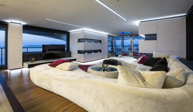 Super yacht Ocean Paradise - Main Saloon