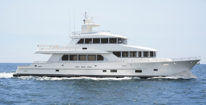 100ft motor yacht SkyMaster by Paragon Motor Yachts under sea trials
