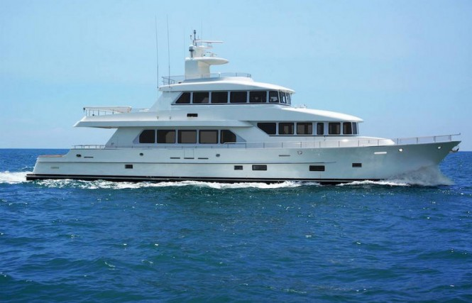 100ft superyacht Skymaster under sea trials - Image credit to Paragon Motor Yachts