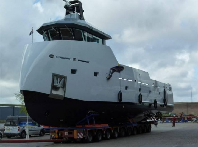 24m Lynx superyacht support vessel Yxt One