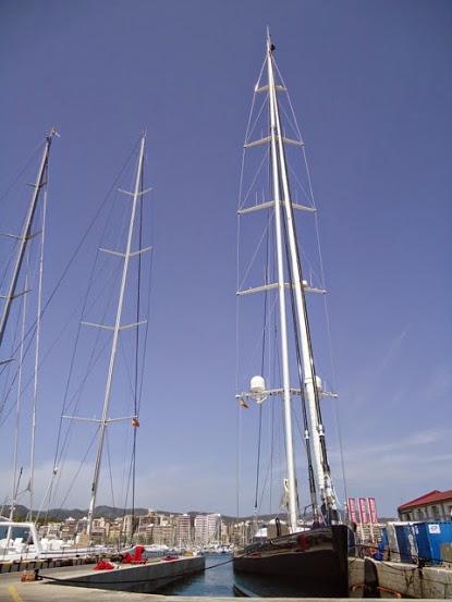 58m Alloy charter yacht Kokomo