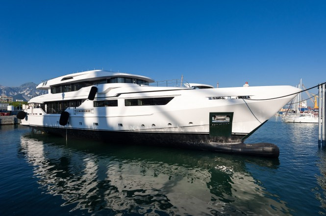 Admiral Maxima 47 Yacht Entourage at launch