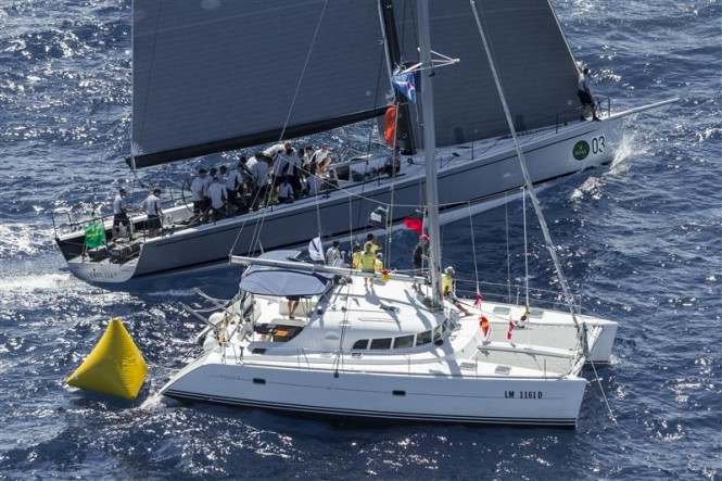 CAOL ILA R (USA) sailing by the Committee Boat - Photo by Rolex Carlo Borlenghi