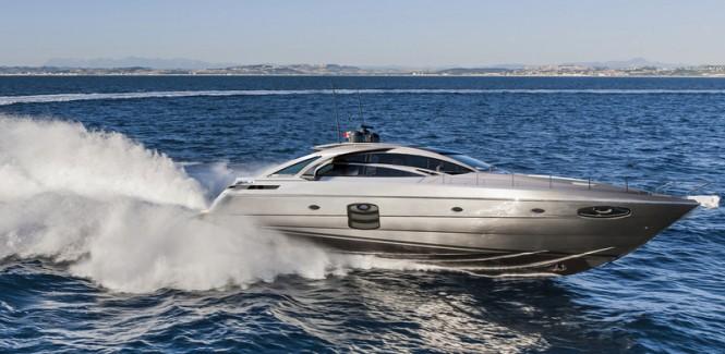 New Pershing 70 Yacht