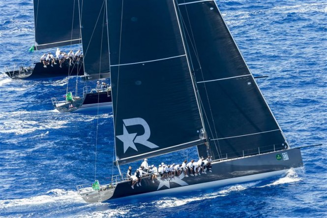 ROBERTISSIMA III (GBR), BELLA MENTE (USA) and JETHOU (GBR) Yachts fighting for the best start - Photo by Rolex Carlo Borlenghi