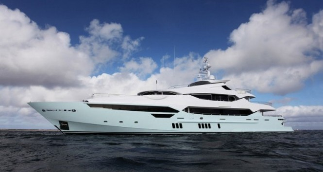 Sunseeker 155 superyacht Blush - side view