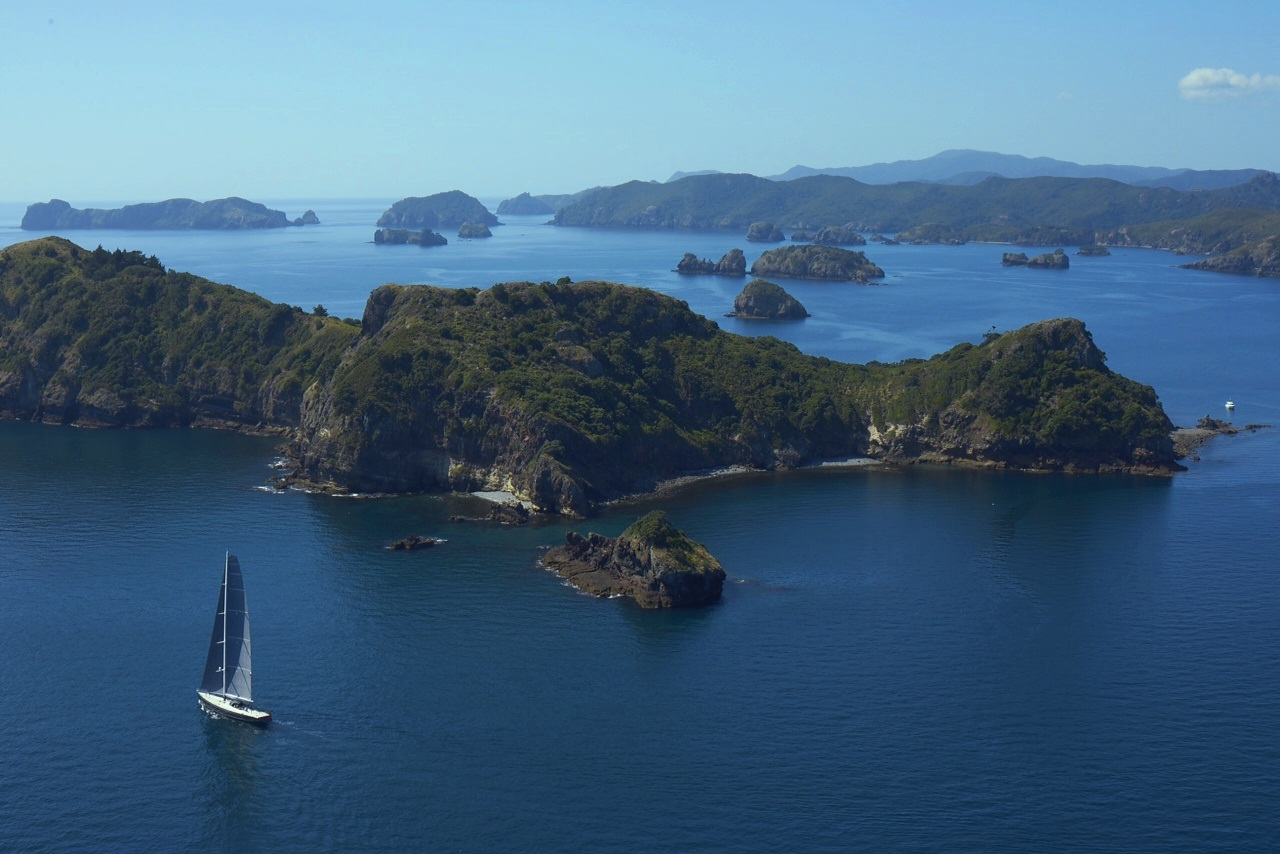 Great Barrier Island New Zealand  City pictures : Superyacht Silvertip Great Barrier Island NZ Tourism New Zealand ...