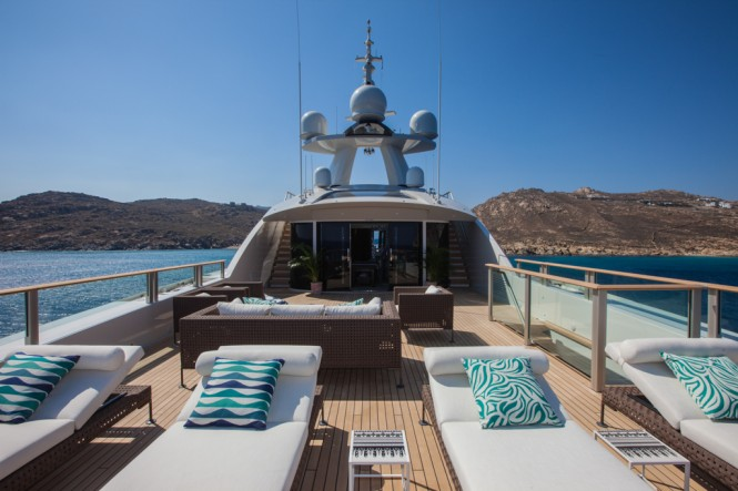 CRN Motor Yacht SARAMOUR  - Solarium