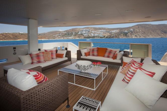 CRN Motor Yacht SARAMOUR  - Sun Deck