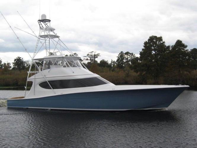 Hatteras GT 70 Yacht