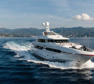 Sunrise motor yacht ATOMIC (Project Sunset, hull 182) to make her premiere at FLIBS 2014