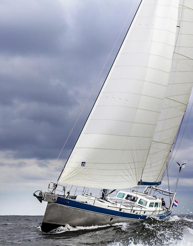 Luxury yacht Anabel sailing
