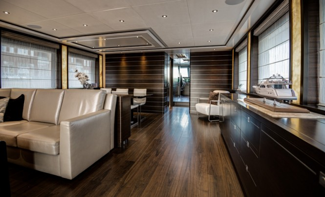 Mulder 98 Flybridge super yacht YN1391 - Interior
