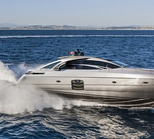 New Pershing 70 and Sanlorenzo SL118 yachts propelled by MTU engines on display at Genoa Boat Show 2014