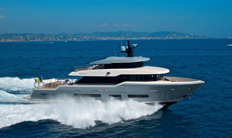 Oceanic Yachts 90 Superyacht Tsa Tsa At Full Speed