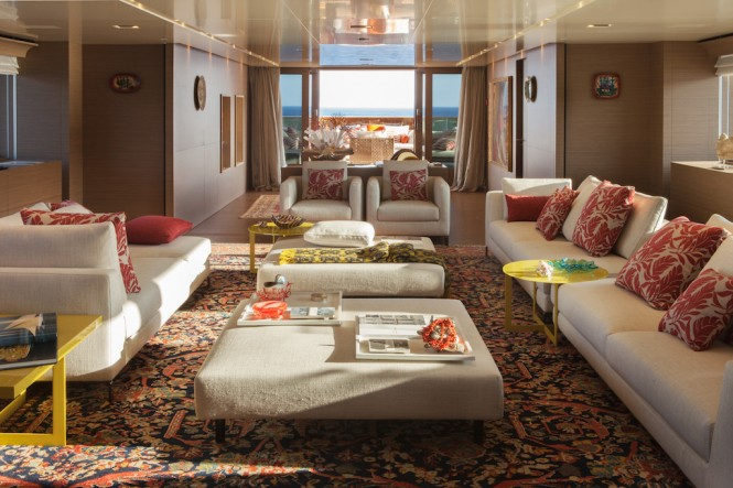 SARAMOUR yacht - Main Saloon