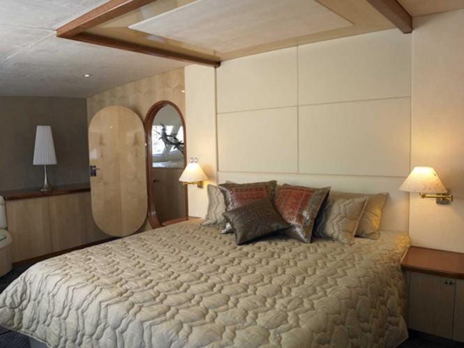 AKASHA yacht - master cabin