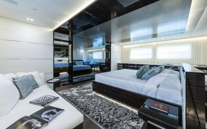 ENTOURAGE Yacht - Owners Cabin