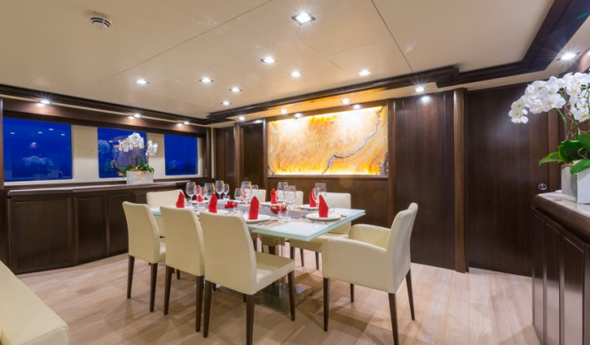 Luxury yacht GATSBY - Dining