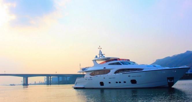 Motor yacht Xinyi 868