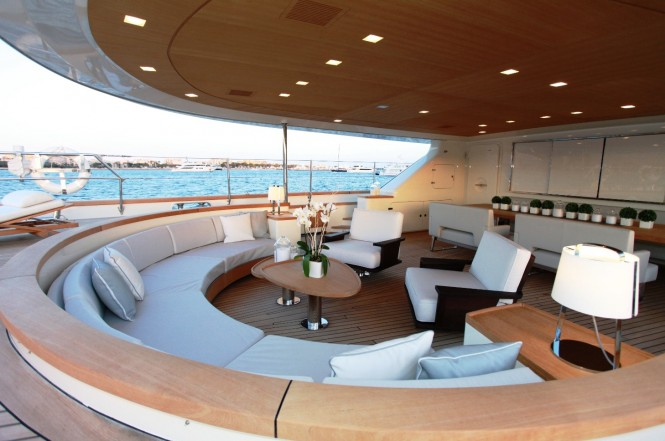 SILENCIO Yacht -  Aft Deck Seating