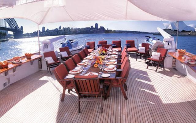 Super yacht Cosmos Flybridge dinning