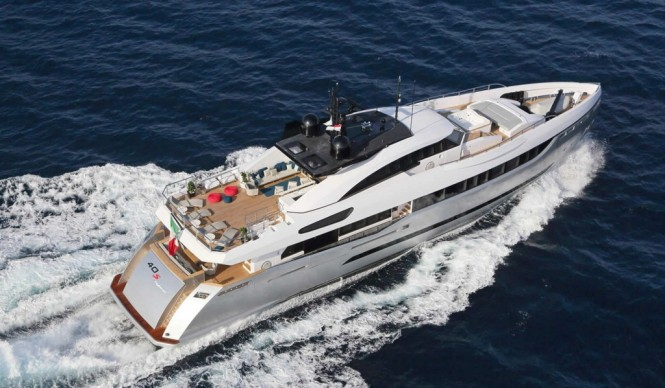 Superyacht Columbus Sport Hybrid 40M from above