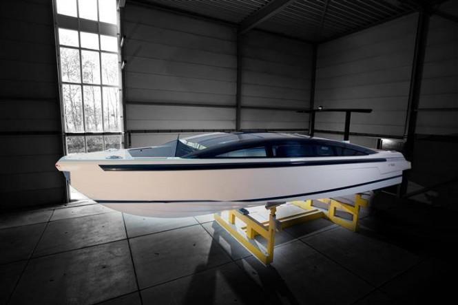Tender to the 73m CRN mega yacht YALLA (CRN 132)
