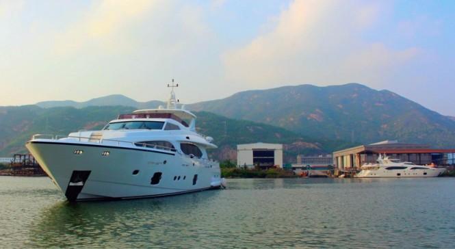 Xinyi 868 superyacht