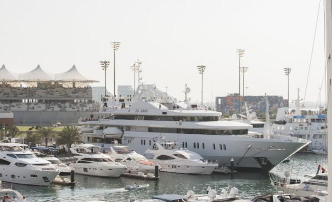 Yas Marina - a beautiful Abu Dhabi yacht holiday destination