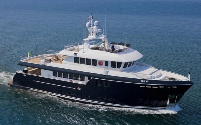 CDM Darwin Class 96 Yacht Stella di Mre designed by Hydro Tec by Sergio Cutolo
