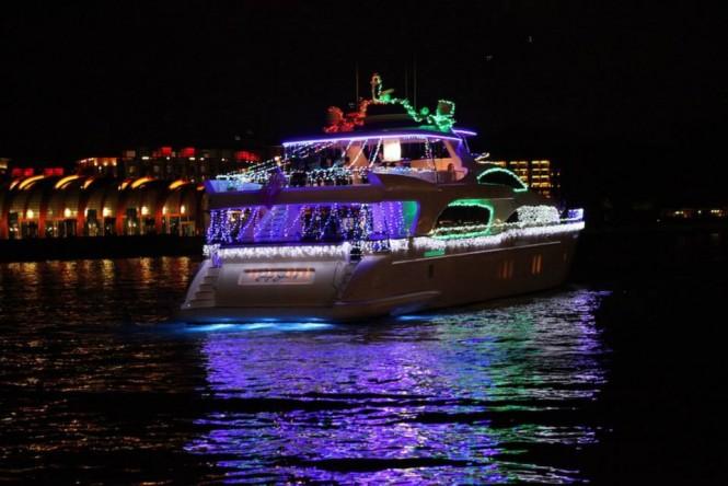 Luxury motor yacht Hye Seas II underway