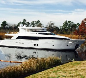 New Hatteras  100′ RPH Yacht Hull #2 completed