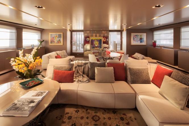 Superyacht SARAMOUR - Upper Saloon