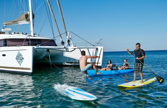 Catamaran LIR - Water toy fun