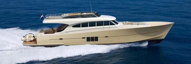 Luxury yacht Sossego Comfort 22 at full speed