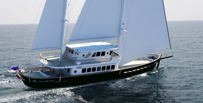 Luxury yacht Svetlana underway